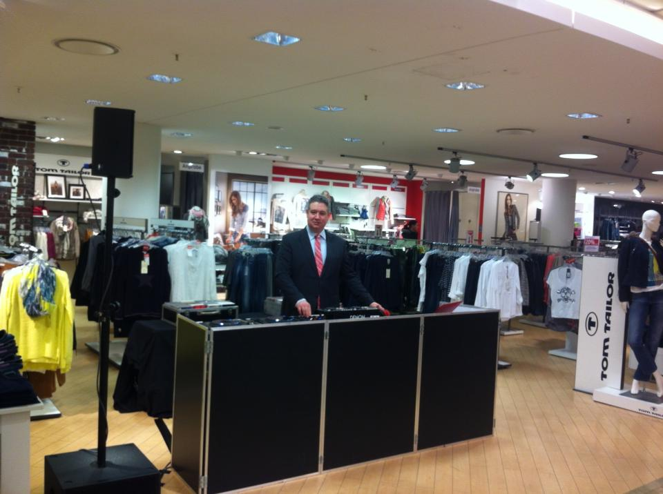 DJ_Frank_Berlebach_Ladies_Night_Karstadt_Bonn.jpg
